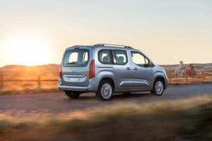 Opel Combo Life- traseira