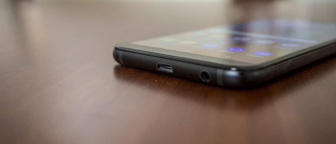 Samsung Galaxy A6 06