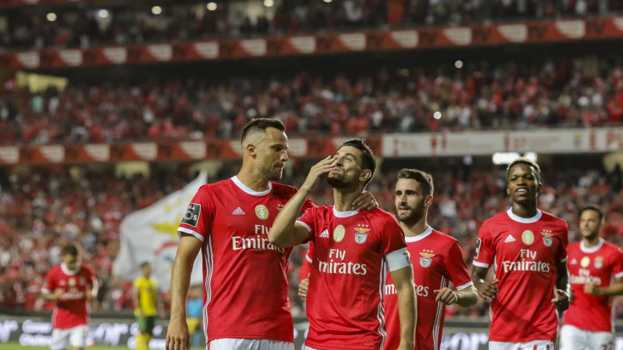 Benfica Play