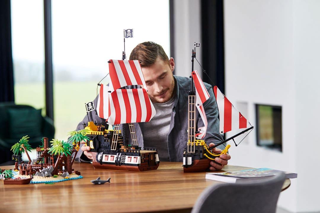 lego ideas os piratas da baía da barracuda 6