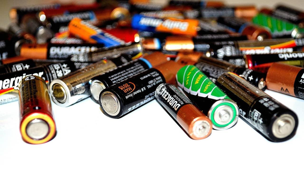 Electrão - pilhas e baterias usadas
