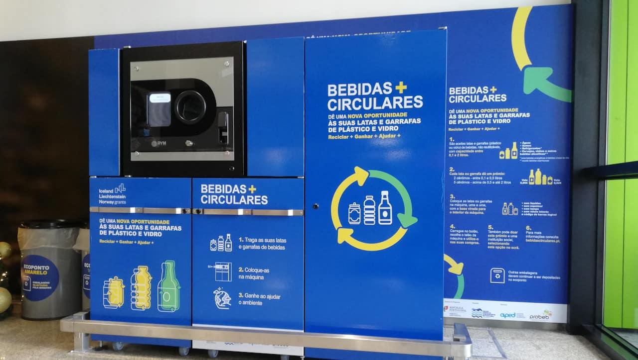 11 máquinas para devolução automática de embalagens de bebidas para reciclagem