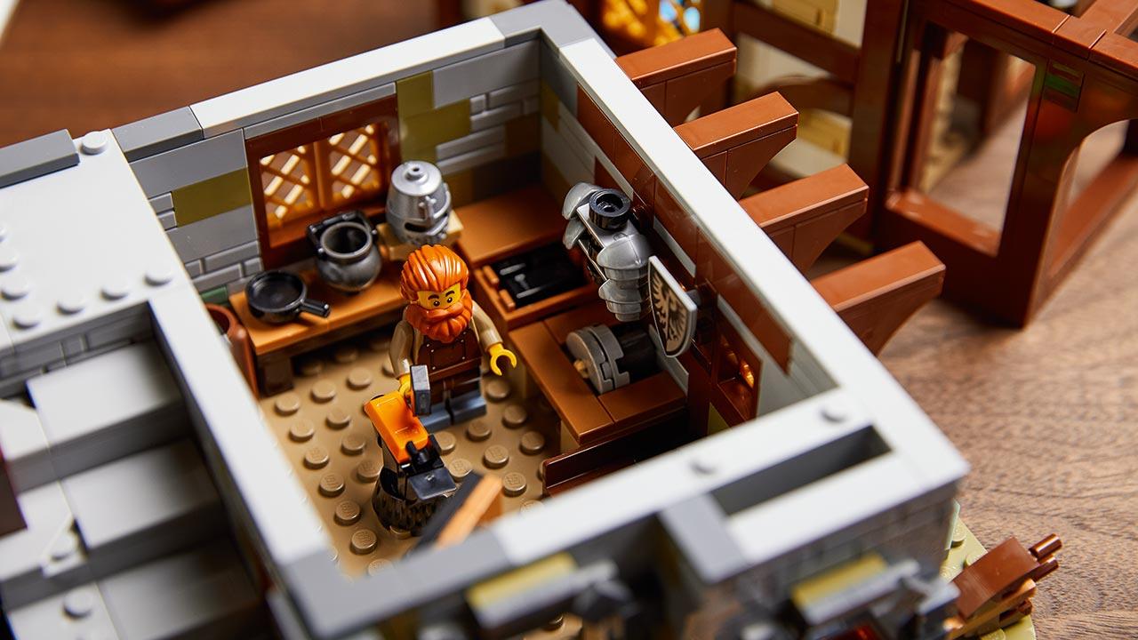 lego ideas ferreiro medieval 4