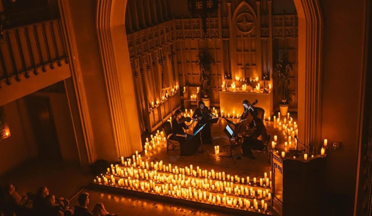 Candlelight - luz das velas animes