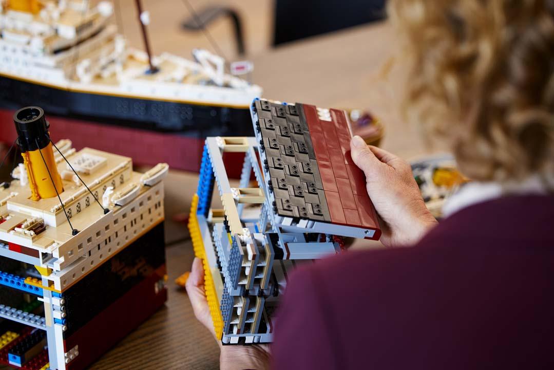 lego titanic 1
